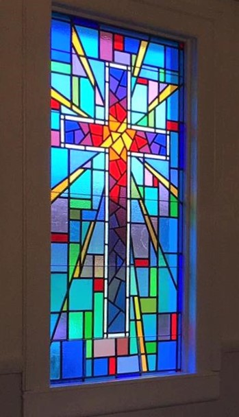 Church glass windows design for Stained glass window church